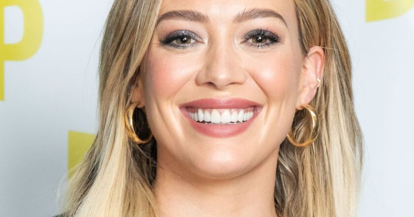 How to Contact  Hilary Duff : Phone Number, Email Address, Whatsapp, House Address