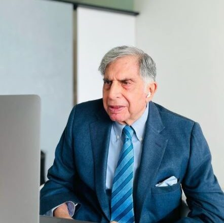 How to Contact Ratan Tata : Phone Number, Email Address, Whatsapp, House Address